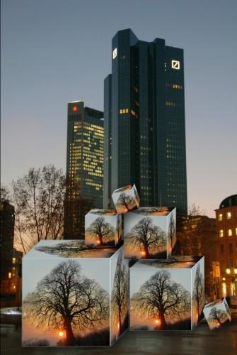 Je größer das Volumen des Baukörpers, umso kleiner das A/V-Verhältnis. Foto: Fotoseeger Bad Vilbel / www.pixelio.de