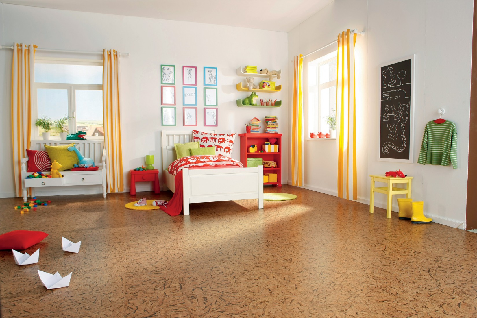 Der Klassiker: Fußwarmer und wohngesunder Korkboden im Kinderzimmer. Foto: HARO – Hamberger Flooring GmbH & Co. KG