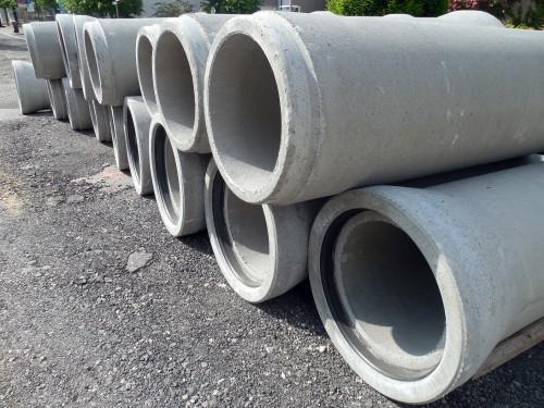 Abwasserrohre aus Beton sind oft von Sulfattreiben betroffen. Fotos : Pixabay
