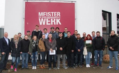 Die Teilnehmer der Weiterbildung zum Fachberater Trockenbau.