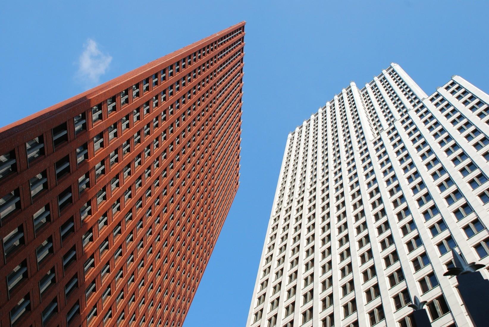 Hochhäuser müssen aus feuerbeständigen Bauteilen konstruiert werden. Foto: Pixabay