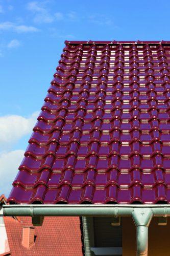 Glasierte Ziegel haben einen hohen Glanzgrad. Foto: Creaton