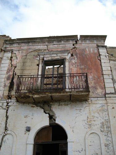Geisterstadt in Süditalien: Nach mehreren Erdbeben ist das Dorf Craco seit 1963 komplett unbewohnbar. Foto: Pixabay