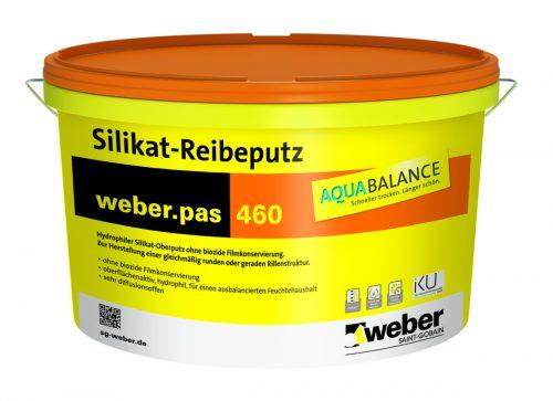 Der Putz wird nicht als pulverförmige Sackware, sondern als verarbeitungsfertige pastöse Masse verkauft. Foto: Saint-Gobain Weber