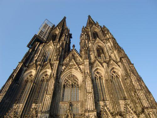 Auch die Fassade des Kölner Doms besteht größtenteils aus Sandstein. Foto: Pixabay