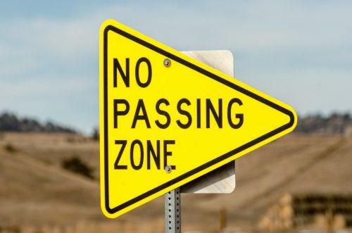 Grenzübertretungen sind auch im Kundengespräch unerwünscht. Foto: Pixabay