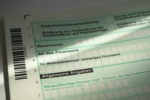 Rückzahlungen gibt es nur, wenn man eine Einkommenssteuererklärung macht. Foto: Pixabay