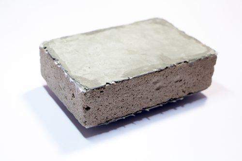 Aktuelles Forschungsprojekt: Sandwichelement aus Holzschaum und Textilbeton. Foto: Fraunhofer WKI / Manuela Lingnau