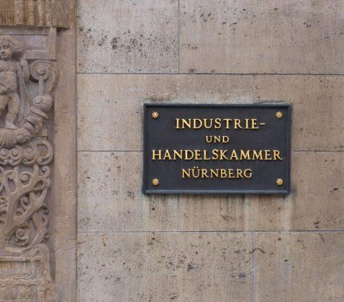Regional präsent: 79 Industrie- und Handelskammern gibt es in Deutschland – auch in Nürnberg. Foto: Hartmut910 / www.pixelio.de