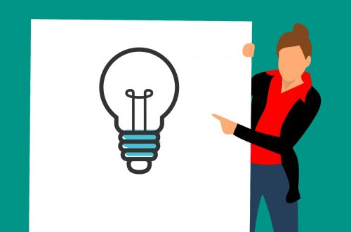 Beim praktischen Teil präsentiert der Prüfling eine berufstypische Ausbildungssituation. Grafik: Pixabay