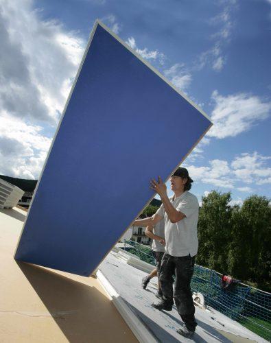 Eine effektive Dachdämmung schützt das Eigenheim vor Überhitzung. Foto: Puren