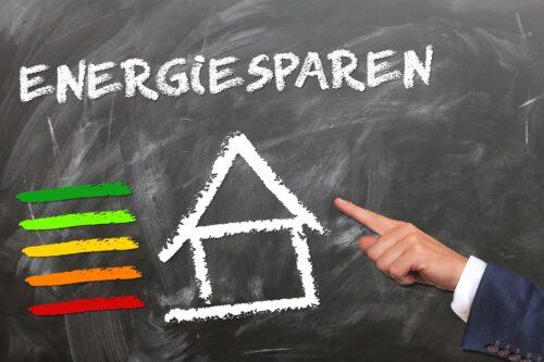 Die energetischen Anforderungen der EnEV wurden mit dem GEG nicht verschärft. Grafik: Pixabay