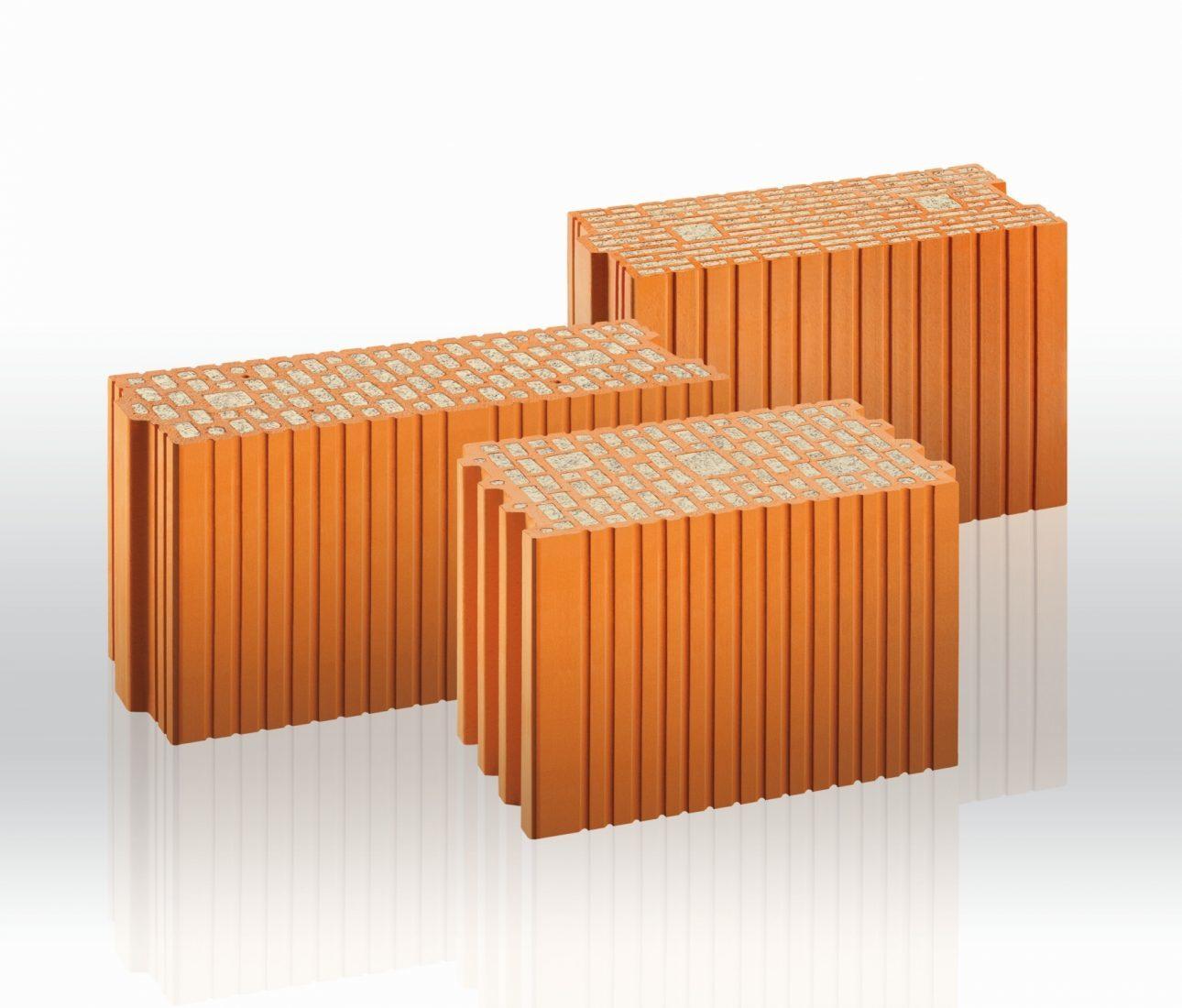 Passend für Planziegelmauerwerk: Unipor bietet dämmstoffgefüllte Kimmziegel für unterschiedliche Wanddicken. Foto: Unipor