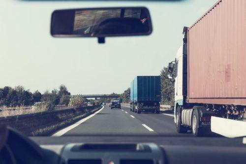 Lkw-Fahren auf deutschen Straßen wird ab 2019 deutlich teurer. Foto: Pixabay