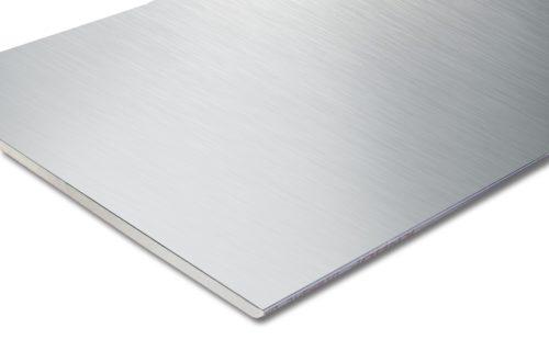 Die Diamant Steel ist einseitig mit einem 0,4 mm dicken Stahlblech kaschiert. Foto: Knauf