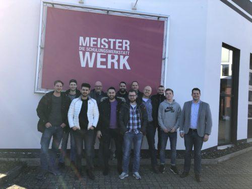 """Der Fachberaterlehrgang """"Wand und Putzfassade"""" fand mit elf Teilnehmern zum zweiten Mal statt."""