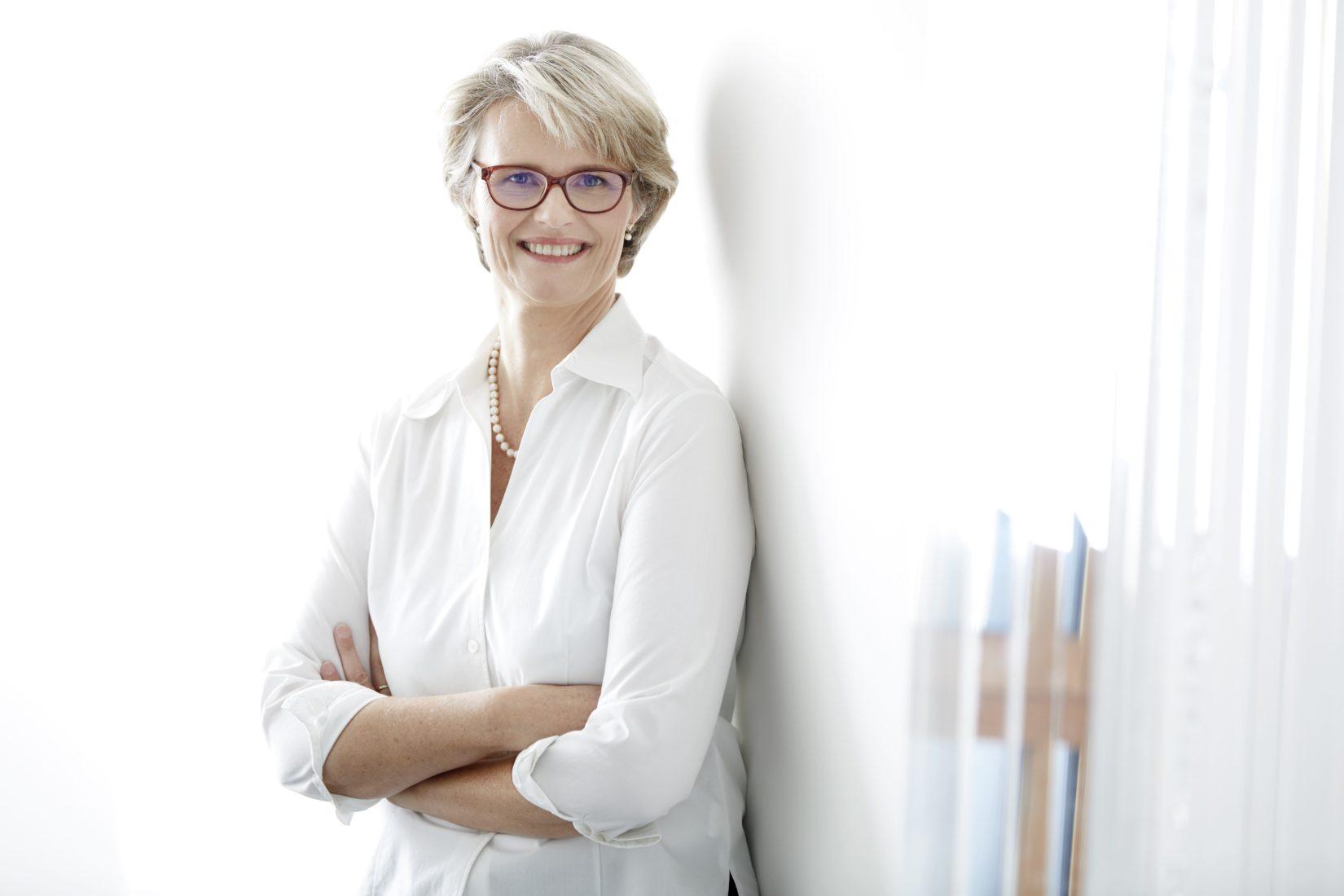 Bundesbildungsministerin Anja Karliczek stellte letzte Woche den neuen Berufsbildungsbericht vor. Foto: BMBF/Laurence Chaperon