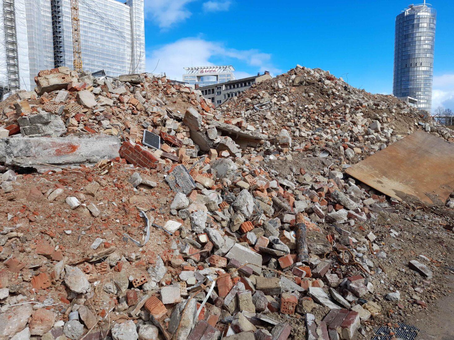 Jedes Jahr fallen in Deutschland riesige Mengen mineralischer Bauabfälle an. Foto: Grimm
