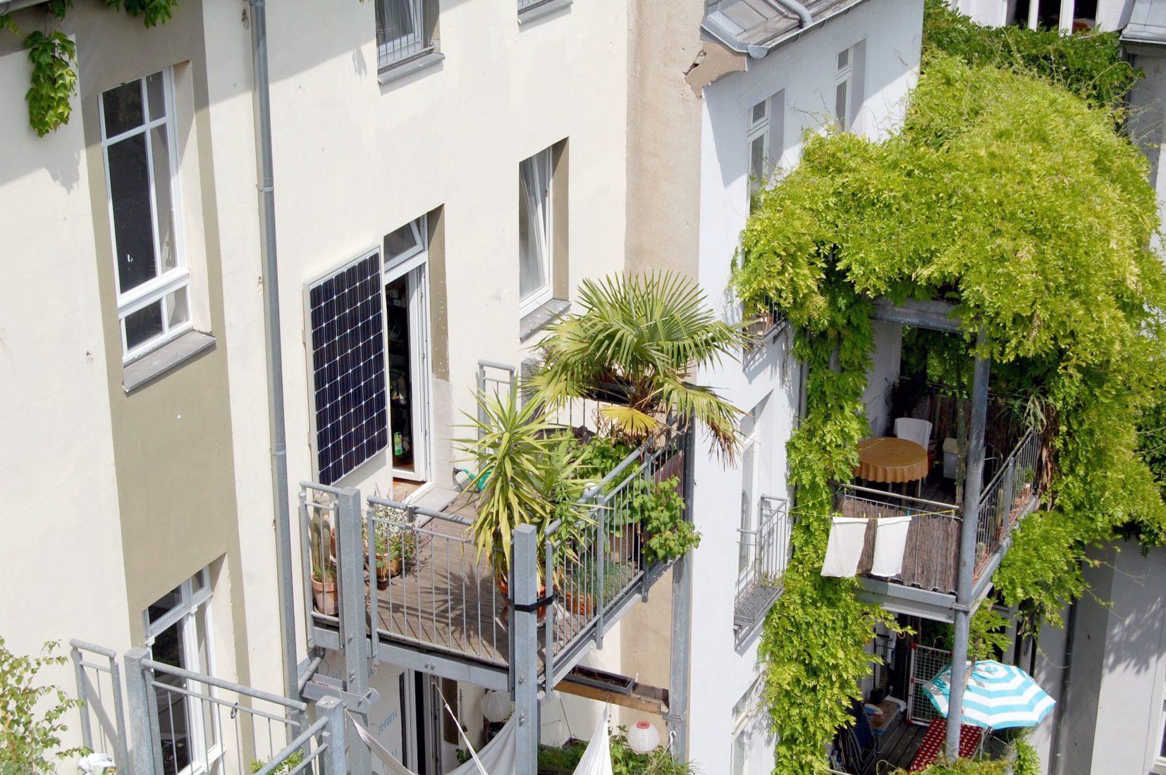Steckerfertige PV-Kleinstanlage für den Balkon. Foto: www.indielux.com