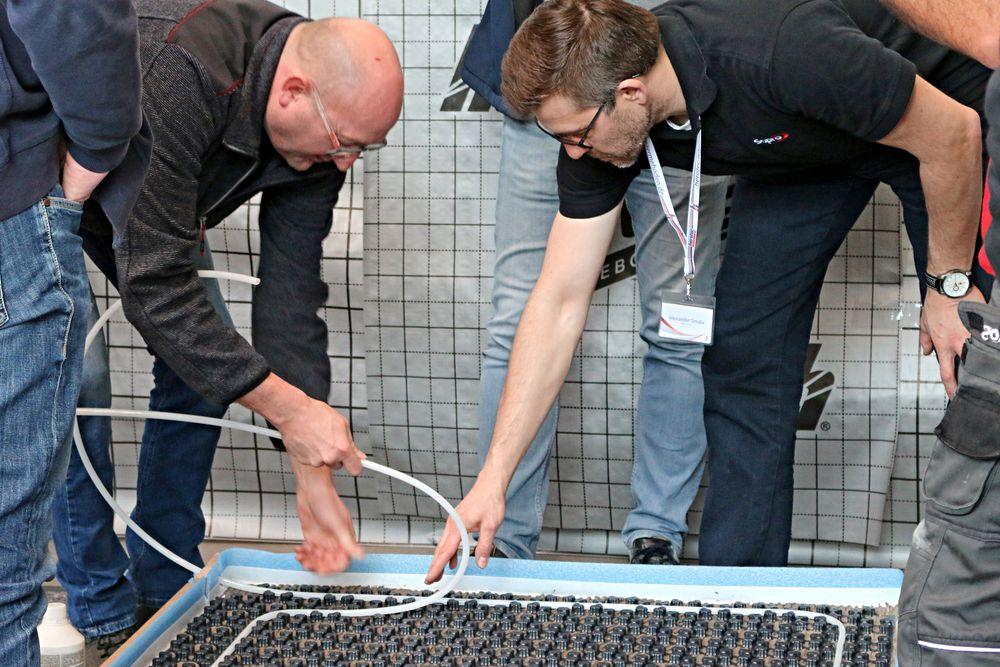 Weiterbildung für Bodenaufbau für Fußbodenheizungen