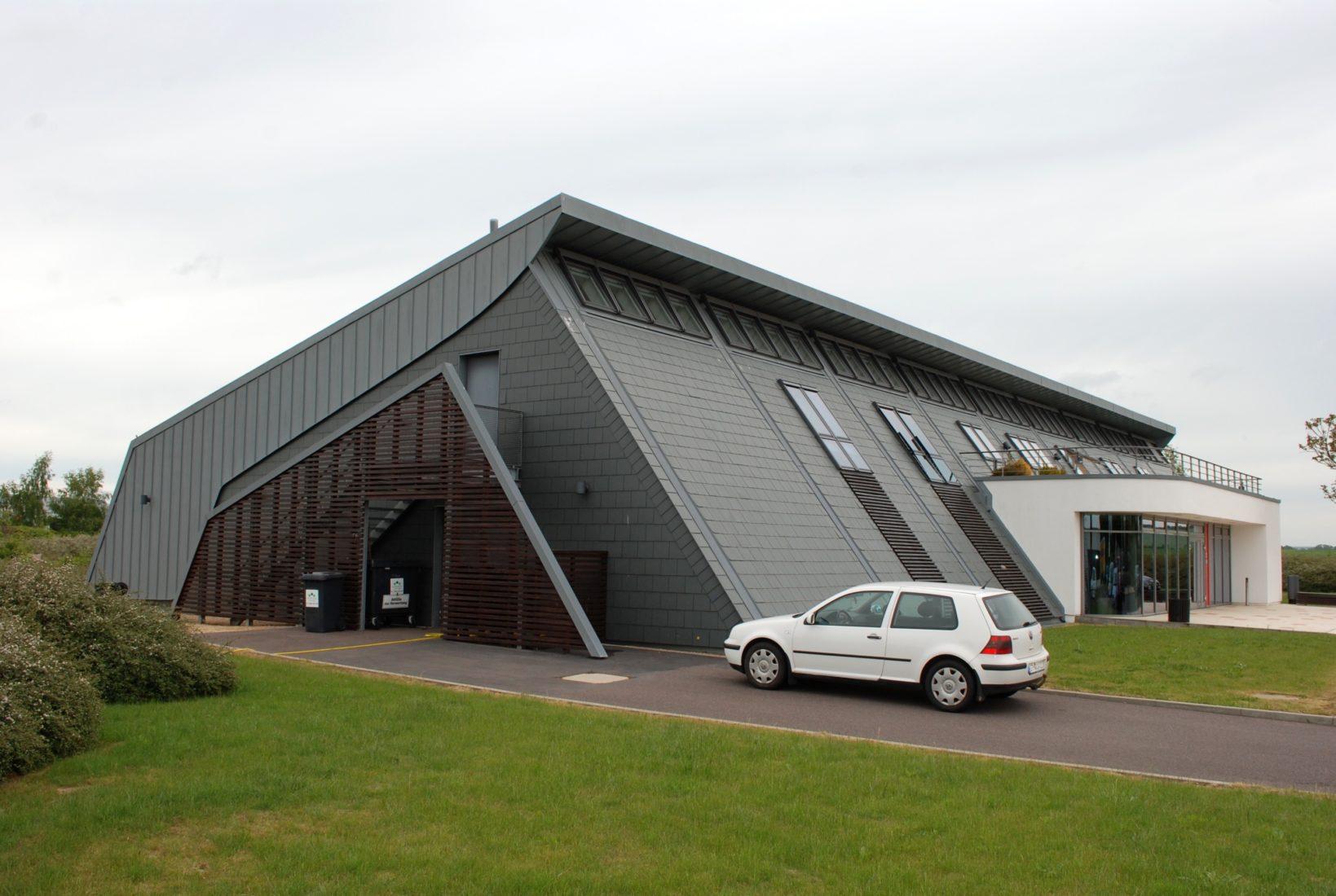 Einige Seminare finden wieder im Velux-Forum Sonneborn statt. Foto: Grimm