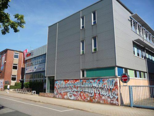 Das Hamburger Bildungszentrum Metall bietet unter anderem eine außerbetriebliche Ausbildung zur Fachkraft für Metalltechnik. Foto: Grimm