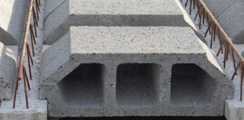 Hohlkörperdecke aus Leichtbetonsteinen vom Hersteller Betonwerke Ufer. Foto: www.betonsteine-bautzen.de