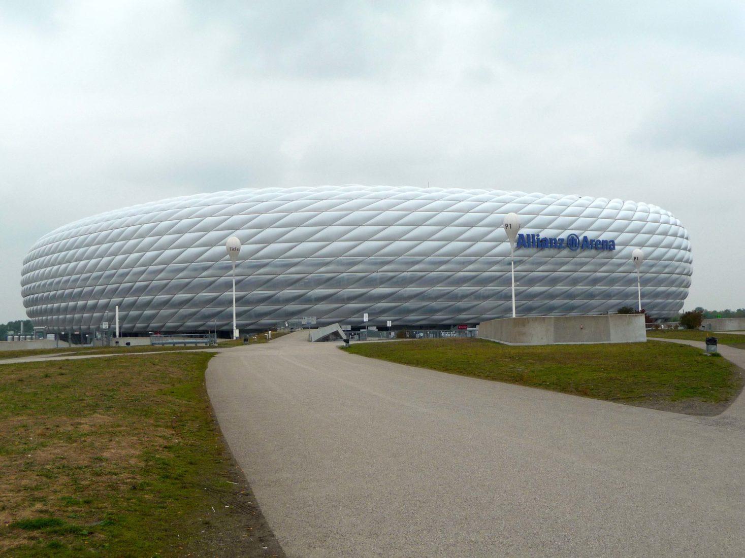 Gar nicht so angestaubt: Auch die Münchner Allianz Arena entstand auf einem Erbbaurechtsgrundstück. Foto: Grimm