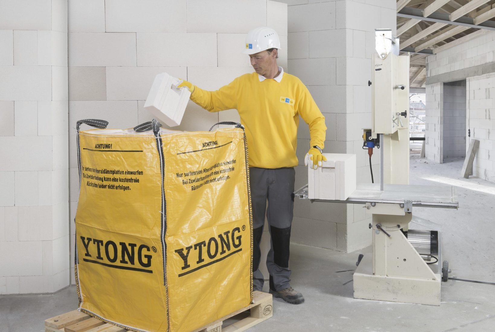 Big Bags kommen auch in der Baustoffbranche vielfältig zum Einsatz. Foto: Xella Deutschland
