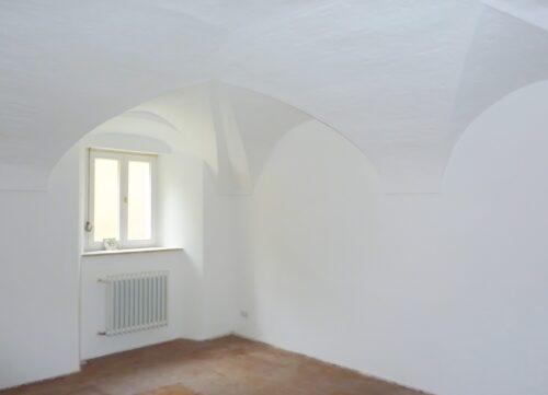 Feuchteregulierungsputze kommen zum Beispiel in Kellern und denkmalgeschützten Bauwerken zum Einsatz. Foto: MC-Bauchemie, Bottrop