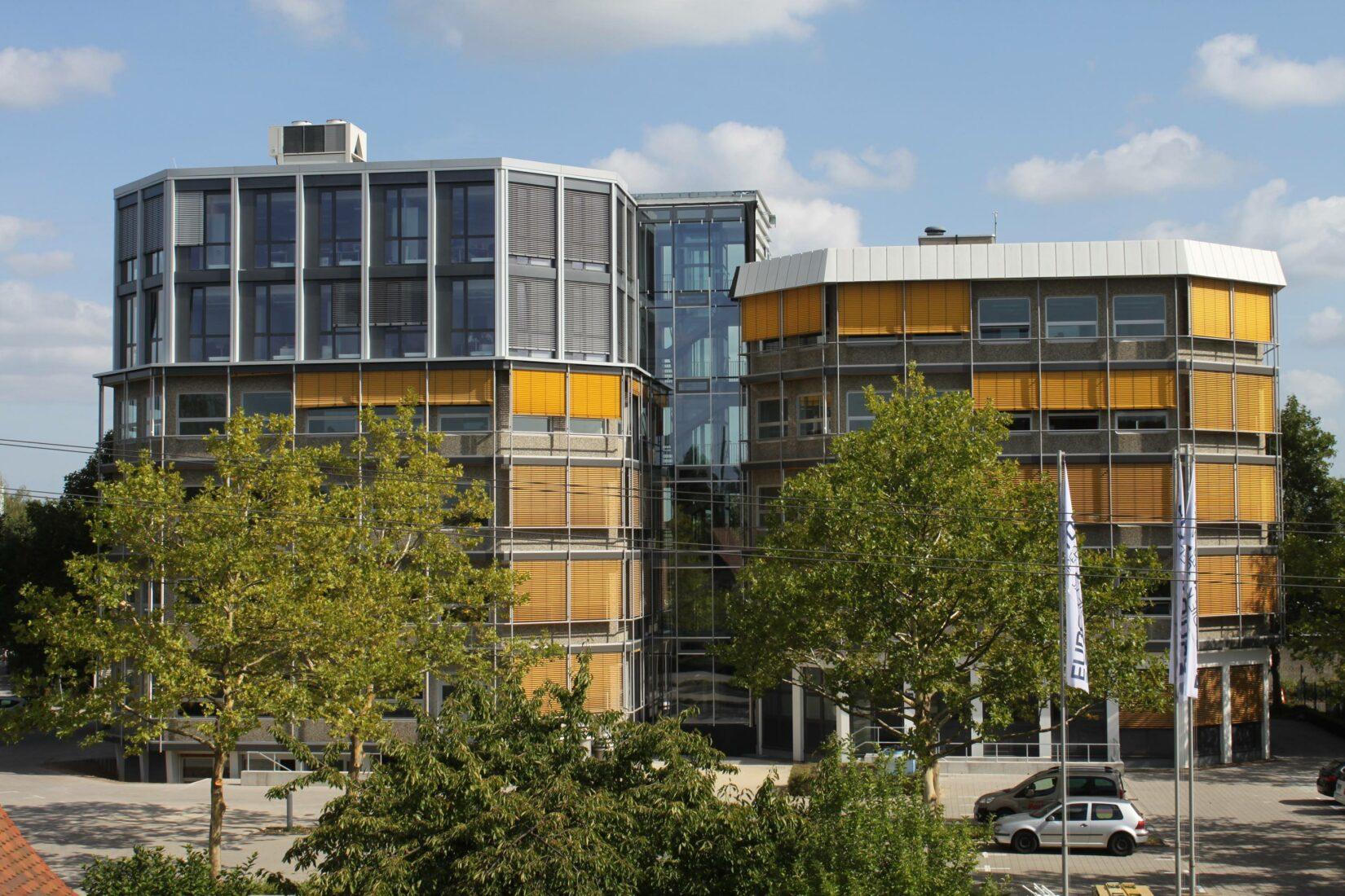 Die Zentralfakturierung der Eurobaustoff erfolgt am Kooperationssitz in Karlsruhe. Foto: Eurobaustoff