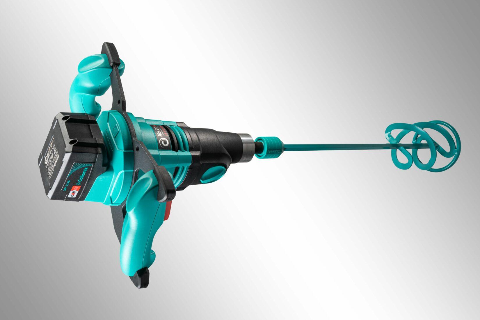 Das neue Akku-Rührgerät ist dank Zwei-Gang-Präzisionsgetriebe noch kraftvoller. Fotos: Collomix