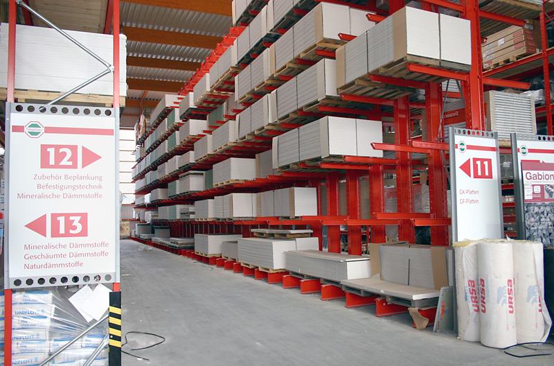 Außenlager eines Baustoff-Fachhandels