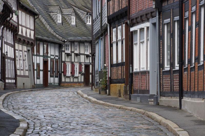 Pflasterstraße in der Altstadt von Goslar