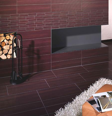 Warme Fliesenoptik im Wohnzimmer